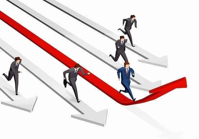 競合他社のホームページに勝つ方法・対策と差別化のポイントを解説